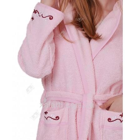 Халат женский короткий с капюшоном Ramel розовый