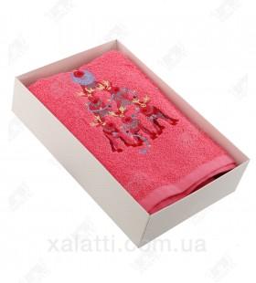 """Новогоднее полотенце махровое 50*90 хлопок """"Олени"""" малиновое"""